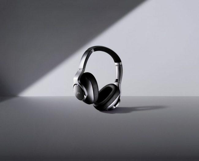 Samsung AKG headphones